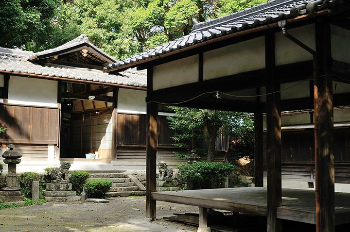 神殿神社 能舞台