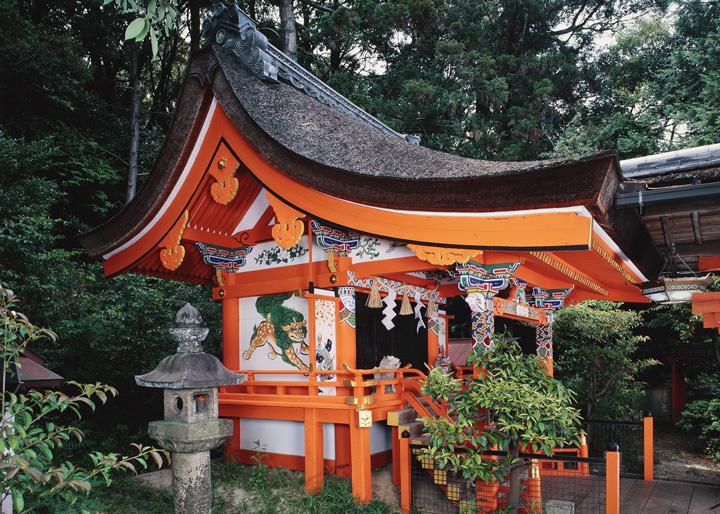 武内神社本殿