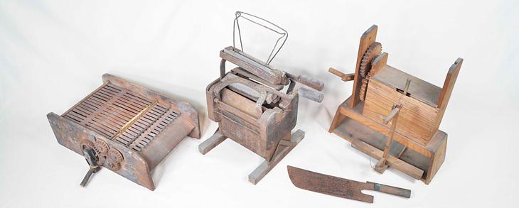 繭から糸をとる道具